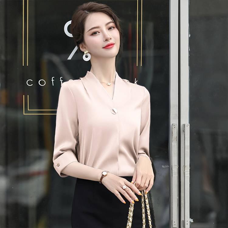 QY 1660# 女款职场中袖衬衫